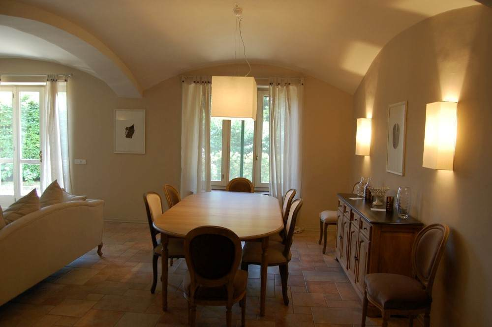 ... In Moncalieri Is Now Offering Its Exclusive Villa Apartment, A Large,  220 Square Meter Apartment With Garden That Can Accommodate Up To 6 Guests.